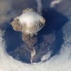 Vulkanen � wat is een vulkaan en wanneer barsten ze uit?