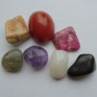 Edelstenen - jaspis, obsidiaan en rhodochrosiet
